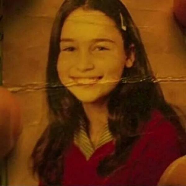 Emilia Clarke adolescente