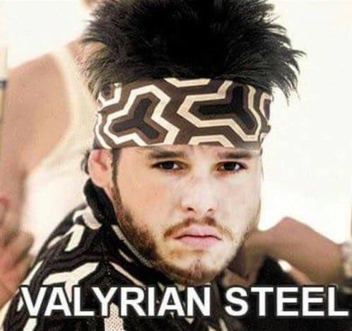 la mirada Valyrian steel de Jon Snow